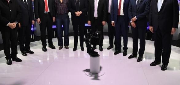 J-14 avant le premier tour de la présidentielle : Mélenchon et ... - ladepeche.fr