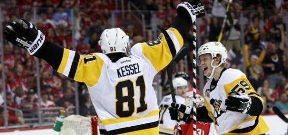 Phil Kessel tuvo un gran partido 2 de la serie contra los Caps. NHL.com.