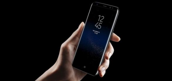 """TNW on Twitter: """"Samsung Galaxy S8 owners report their phones are ... - twitter.com"""