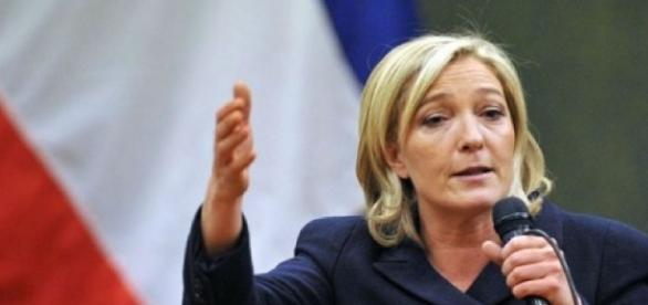 Marine Le Pen è favorita nei sondaggi