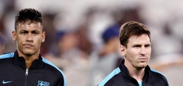 Neymar comparé à Messi : C'est qui le patron ?   melty - melty.fr