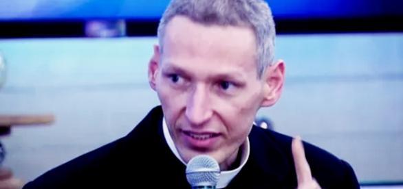 Padre Marcelo Rossi é demitido - Google