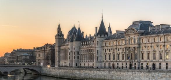 The History Of La Conciergerie In 1 Minute - theculturetrip.com
