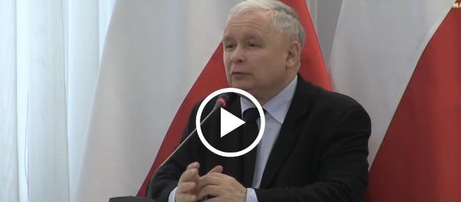 Kaczyński MIAŻDŻY postkomunistyczną konstytucję na Konferencji Naukowej! [WIDEO]