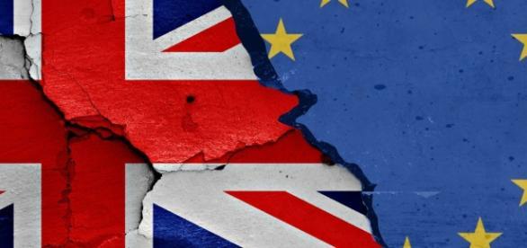 Brexit, approvata la risoluzione per i negoziati tra UE e Regno Unito