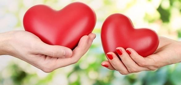 Como amar e receber amor em cinco atitudes