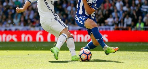Duel entre Cristiano Ronaldo et Theo hernandez