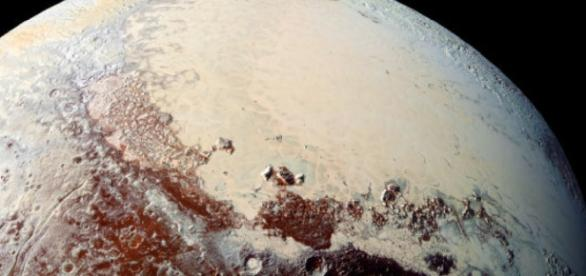 NASA spacecraft is now halfway from Pluto to next smaller stop ... - thestar.com