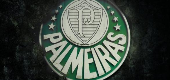 Palmeiras desistiu oficialmente de negócio com atacante.