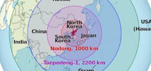 Raketenreichweiten Nordkorea / Bildquelle: CC BY-SA 3.0 North Korea on the globe (Japan centered).svg