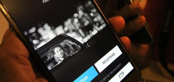 Serviços de transporte individual por aplicativo podem ser inviabilizados com nova lei