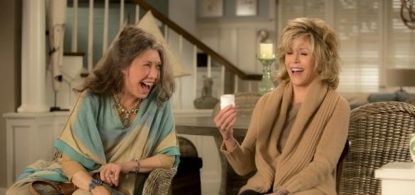 Lily Tomlin e Jane Fonda, brilhantes em cena