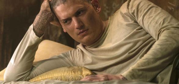 Michael Scofield está detido na prisão de Ogygia, Iêmen.