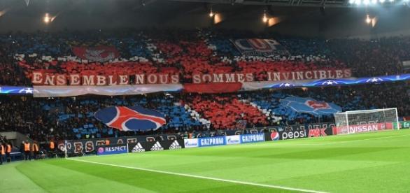 PSG - Les ultras font passer leur message face à Barcelone - madeinfoot.com