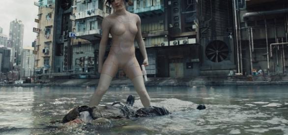 """Scarlett Johansson em """"A Vigilante do Amanhã: Ghost in the Shell"""", do diretor Rupert Sanders."""