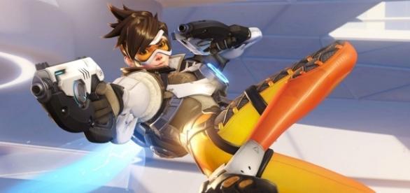 Tracer, héroe de Overwatch, título de Blizzard