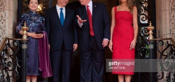 Fotos e imagens de Chinese President Xi Jinping meets Donald Trump ... - gettyimages.pt