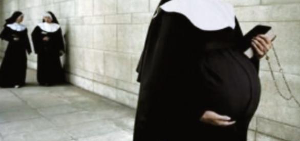 Freira ficou grávida e está processando o convento - Google