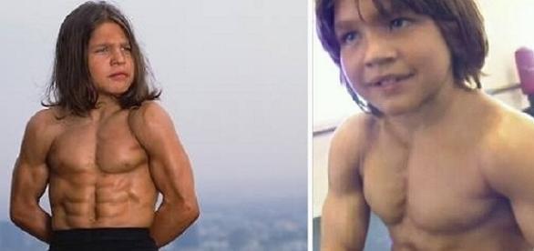 O rapazinho não cultivou os músculos