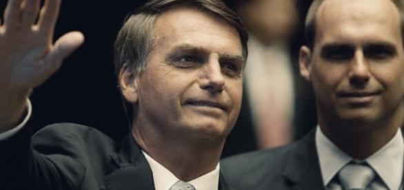 Bolsonaro está novamente no centro da polêmica
