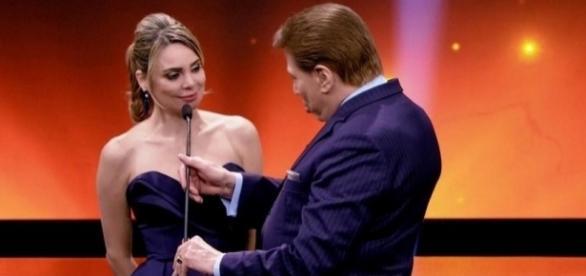 Rachel foi detonada ao vivo por Sílvio Santos