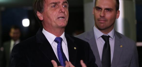 Jair Bolsonaro poderá empatar com Lula, dependendo do cenário político