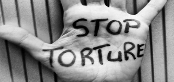 Reato di tortura in Italia. Il senato approva il ddl