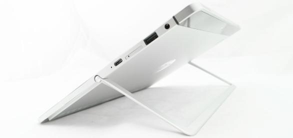 Review: HP Elite x2 1012 G1 - com.au