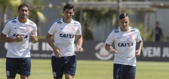 Jogador cogita trocar Corinthians pela Europa (Foto: Daniel Augusto Jr/Ag. Corinthians)