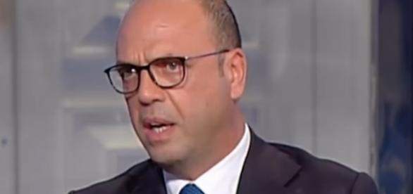 Angelino Alfano, ministro degli Affari esteri
