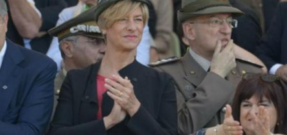 Leva obbligatoria: ministro Pinotti favorevole a una reintroduzione