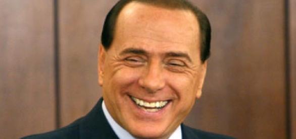 Berlusconi promette di alzare le pensioni minime a 1000 euro
