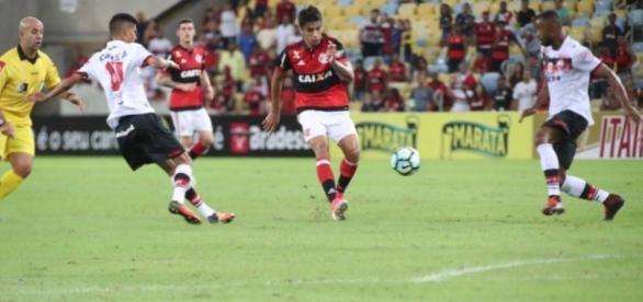 Flamengo estreia no Brasileirão 2017 neste sábado