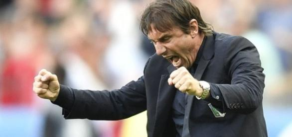 Chelsea's Antonio Conte's amazing touchline highlights during ... - 101greatgoals.com