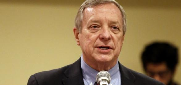 Dick Durbin: Trump is 'dangerous' - washingtonexaminer.com