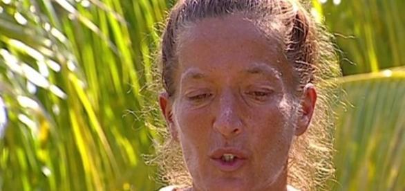 Bibi le comunica a Raquel su abandono y le pide que sea fuerte ... - telecinco.es