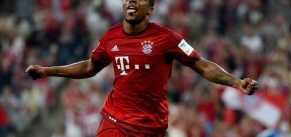 Il brasiliano Douglas Costa è nel mirino della Juventus, che vuole prendere dal Bayern Monaco anche il portoghese Renato Sanches