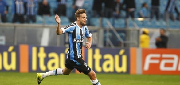 Maxi Rodriguez comemorando gol pelo Grêmio (Foto: Lucas Uebel/Grêmio)
