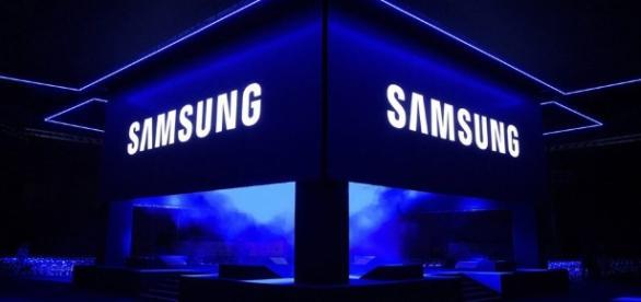 Samsung flip phone rumors — Samsung