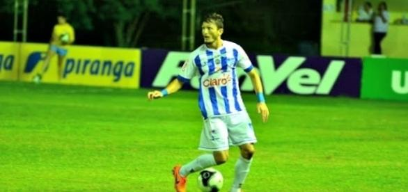 Jogador foi escolhido como o melhor lateral-esquerdo do campeonato (Foto: Divulgação / Cruzeiro-RS)