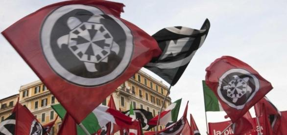 Roma, blitz di CasaPound contro Virginia Raggi