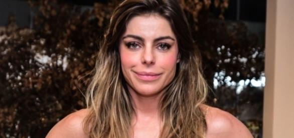 Daniella Cicarelli aparece ao lado de filha em foto rara
