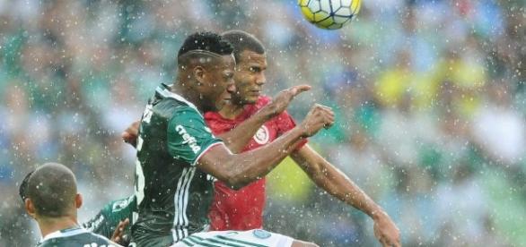 Palmeiras leva vantagem sobre o Inter