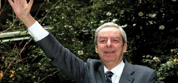 È morto il conduttore Daniele Piombi, uno dei volti storici della televisione italiana.