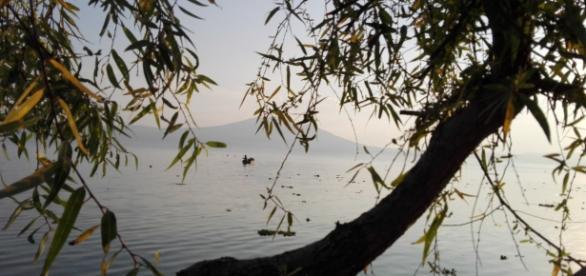El inmenso lago de Chapala, casi al atardecer.