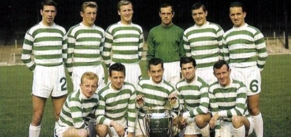 Il Celtic Glagow 1966/67, prima squadra a conquistare il 'treble' classico del calcio europeo