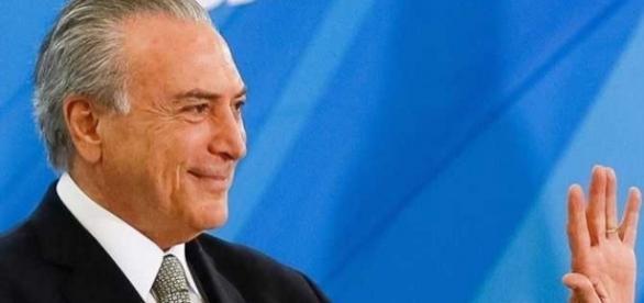 Michel Temer se despedindo da política brasileira