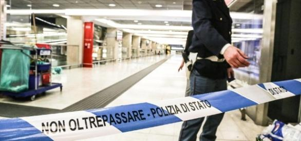 Milano, poliziotto accoltellato alla Stazione Centrale