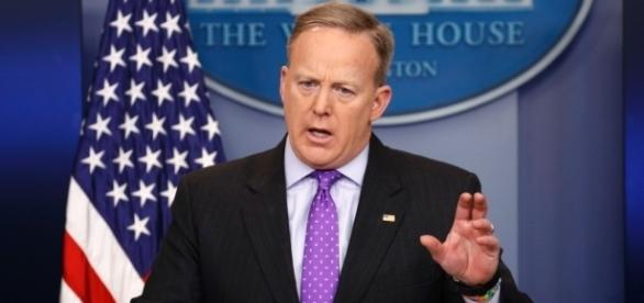 Sean Spicer's tough start - cnn.com