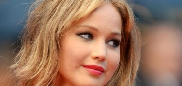 Jennifer Lawrence enjoys dancing explicitly - Image latestpics.in